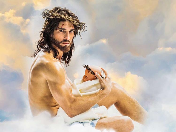 Edward Saxby como Sexy Jesus en el Sexy Jesus Calendar