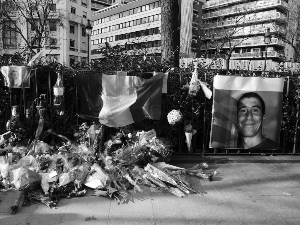 En memoria de quienes murieron en el ataque a Charlie Hebdo el 11 de Enero del 2015 en París. Passion Leica para Wikipedi